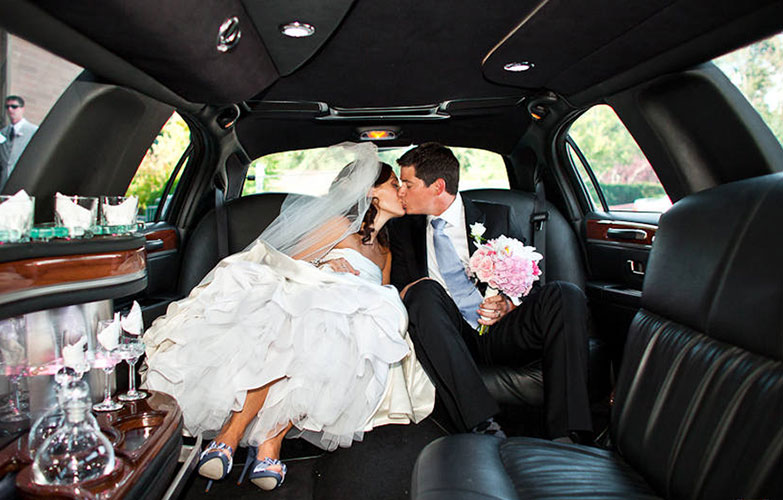 Make your wedding day extra special with a luxurious ride in our beautiful limousine!